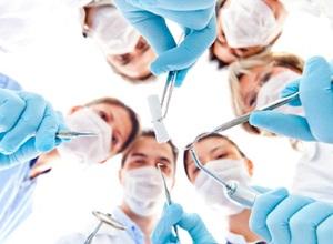implante dentário com enxerto de gengiva