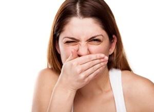 Mau hálito causado pelo estomago