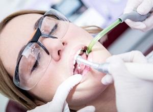 preço de tratamento de canal dentário